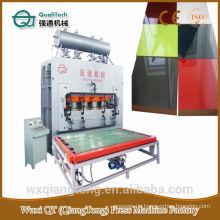 Nagelneue Hitzepressemaschine für Trikotplatten / Hydraulische Heißpresse für Melaminpapier
