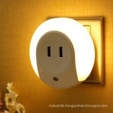 LED Night Light with Light Sensor Dual USB Wall Plate Charger for Bedroom EU/Us Plug