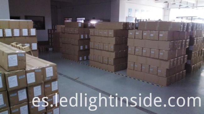 SMD2835 2700lm 24W T6 LED Tube Light