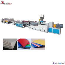 Produktionslinie für PVC-Schaumstoffplatten Extrudierte Maschine