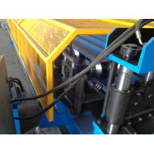 Machine de formage de rouleaux de panneaux de toit
