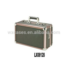 luxury and portable aluminum decent suitcase from China manufacturer