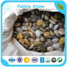 Verde y rojo a granel al por mayor caído Stone Pebble Stone