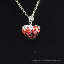 Arcilla cristalina roja y negra Shamballa del color del gradiente de la llegada de la forma del corazón al por mayor de la nueva llegada con el collar de las cadenas de plata