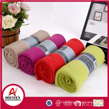 Made in China 100 polyester cheap fleece blanket for travel with bellyband