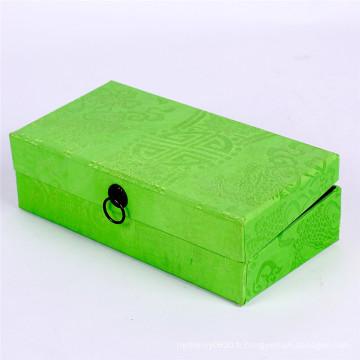 Boîte-cadeau spéciale verte faite sur commande de couverture de papier avec la boucle en métal