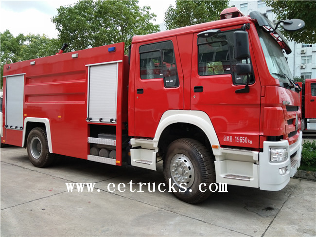 Dry Powder Fire Trucks