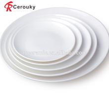 Очень красивая круглая форма одобренная FDA белая фарфоровая тарелка