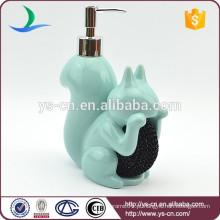 Azul cerâmica esquilo forma banho loção garrafa