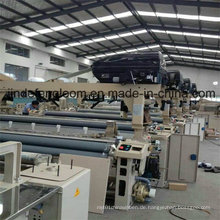 Vier Düsen-Doppelpumpe Waterjet Shuttleless Power Weaving Loom