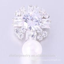 Newest design Zircon Brooch Lovely Woman Flower Pearl Brooch