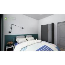 Chambre à la mode avec tête de lit en tube de métal