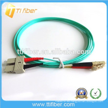 OM3 Cable de conexión de fibra óptica duplex de 10 Gb SC / LC interior
