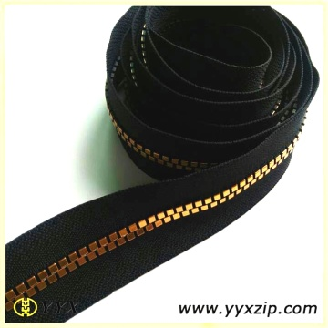 Gold Plated Square Shape Dents Plastic Zipper