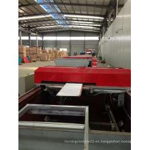 Hoja de la bobina de 1000m m 5.5kw máquina de producción del panel del emparedado de la PU del techo del motor que rueda principal
