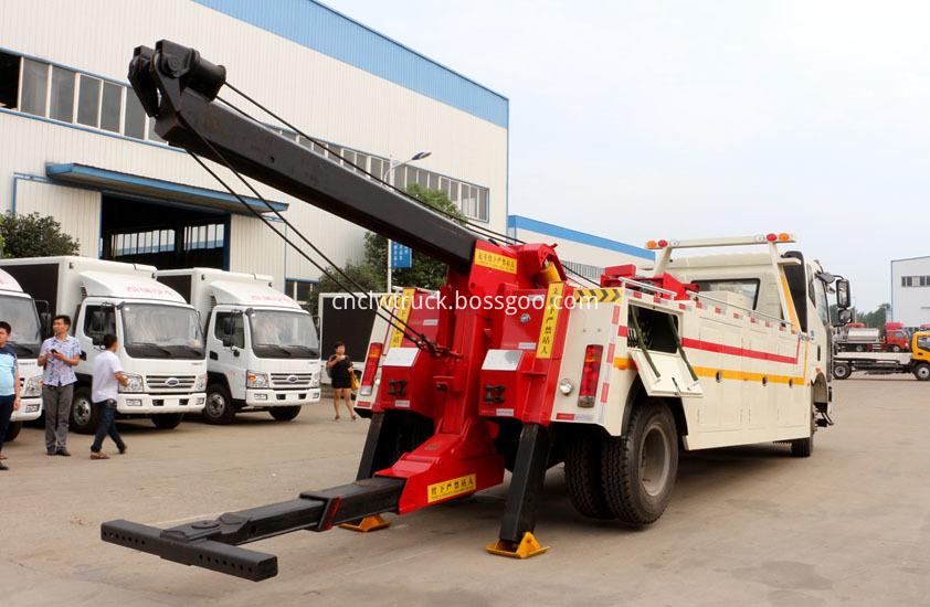 Dump Truck Towing vehicles 5