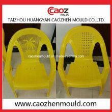 Molde plástico da cadeira do braço para o uso das crianças