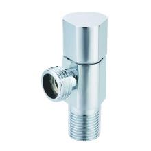 J7025 valve en angle en laiton forgé polie