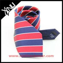 Handgefertigte Krawatten aus Seide