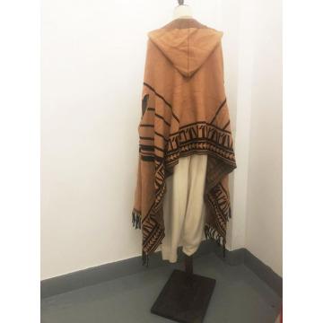 Вязаный шарф с бахромой на заказ