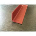 Protecteur d'angle en plastique avec finition en bois
