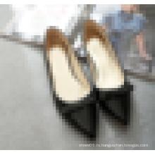 Женская обувь высокого качества с плоскими ботинками