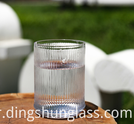 Cylindrical glass cups