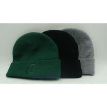 Embroidery Letter P Knit Hat Warm Jacquard Beanie Cap (ACEK0081)