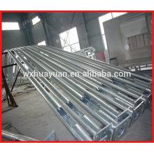 Poteaux en acier galvanisé à chaud avec bras courbé