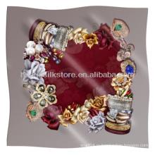 Шелковый шарф Оригинальный дизайн ювелирных машин Hemmed шелковый шарф