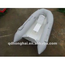 remar o barco inflável RIB300
