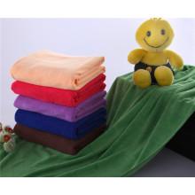 toalla de microfibra para toalla de baño, toalla de hotel utilizada