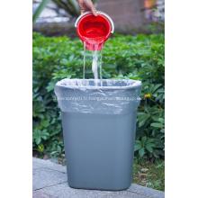Sacs à ordures plats en plastique ménagers sur rouleau