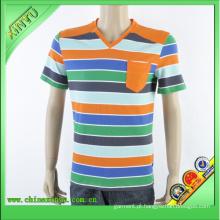 Um bolso no peito esquerdo T-shirt do pescoço da tira do V-Pescoço (4)
