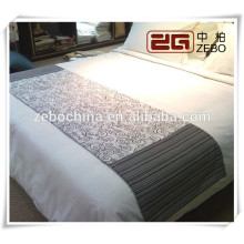 100% Polyester High Grade Jacquard Fabric Decoration Hotel Bed Runner