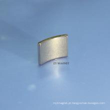 Ímã permanente ISO9001 / 14001 do neodímio de alta qualidade do arco NdFeB