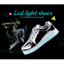 Unisex Mulheres Homens USB Charging luz piscando Sneakers LED Shoes