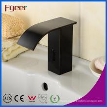 Aceite de caucho latón sensor de grifo automático con agua fría