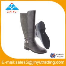 Dame Oberschenkel hohe Stiefel schwarze Farbe