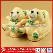Zapatos suaves del deslizador del invierno del oso de la felpa suave