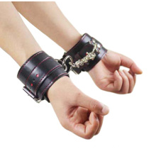 New Sex Fetish Toys Leather Handcuff for Sex Bondage Sex Handcuff Sex Bracelet with Pink Sewing