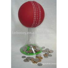 Cofrinho --- Bola de críquete