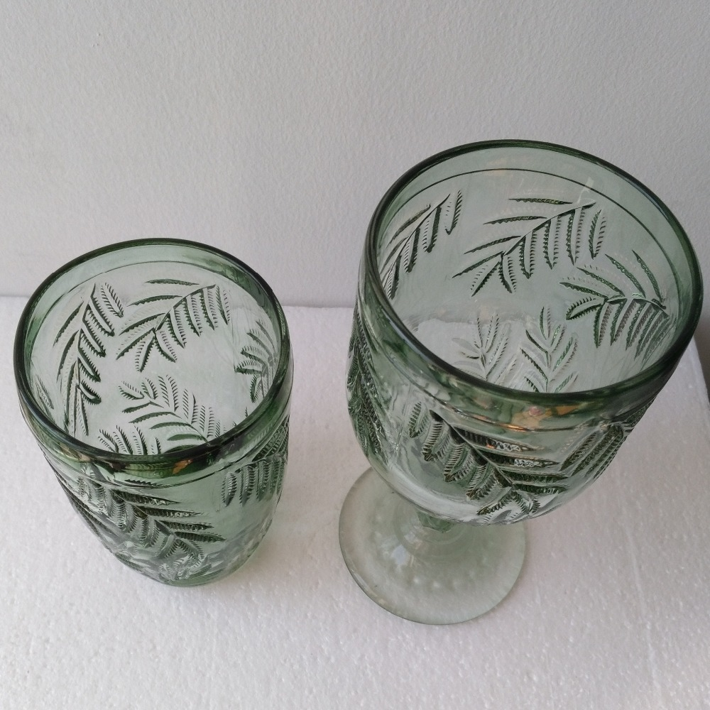 The Unique Design Leaves Patterned Green Glass0