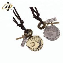 Pendiente de Poker personalizado de oro antiguo promocional con collar