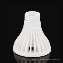 Lampenfassung aus Keramik