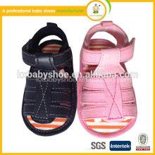 Hochwertige Kleinkind-Barfuß-Sandelholz-Baby-Schuhe Großhandelsbabyschuhe eingebrannt