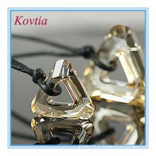 Alibaba bijoux en triangle cristal en cuir corde couple collier