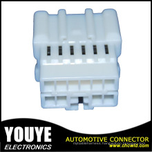 2016 Unsealed PBT Automotive Connector for Nissan
