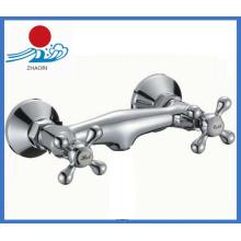Mélangeur de douche à une seule main de qualité Hiah Ater Faucet (ZR30304)