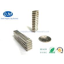 N35 Grade About 4000GS Neodymium Magnet